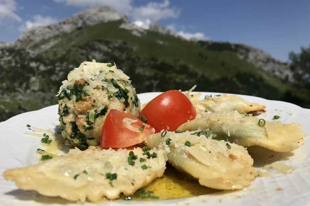 Sehr gute Tiroler Küche beim Berggasthof im Rofan