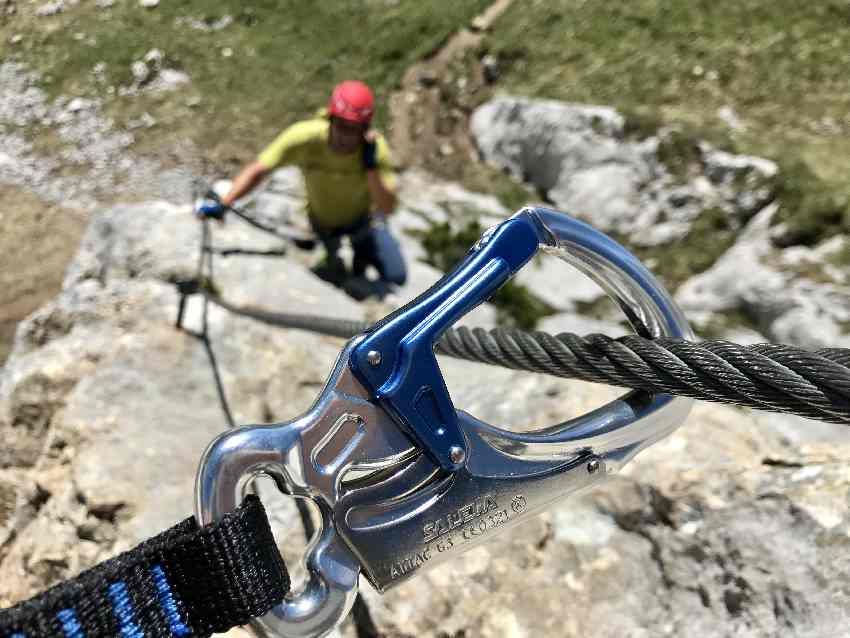 Auf dem 5 Gipfel Klettersteig im Rofan