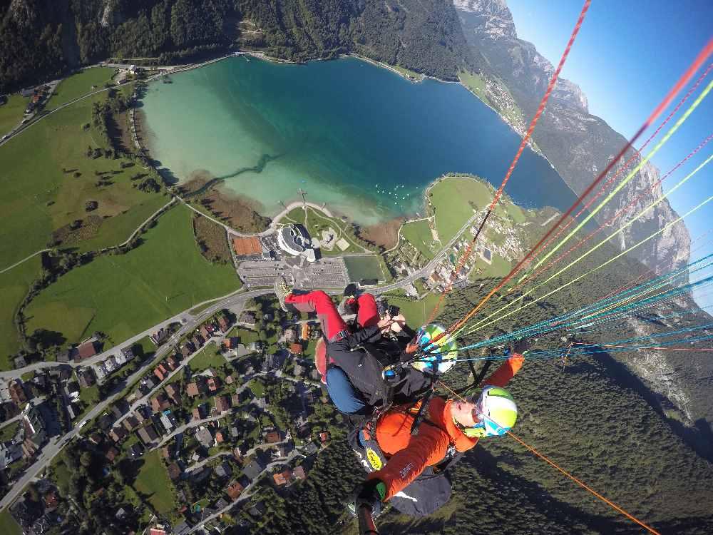 Der Achensee von oben - beim Tandem Gleitschirmfliegen oder Paragliding Achensee