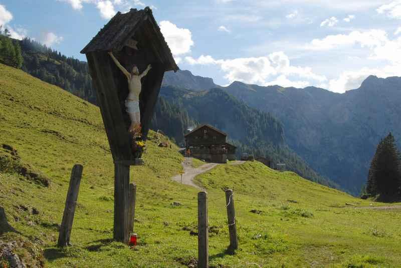 Vom Achensee mountainbiken auf die Bärenbadalm im Karwendelgebirge