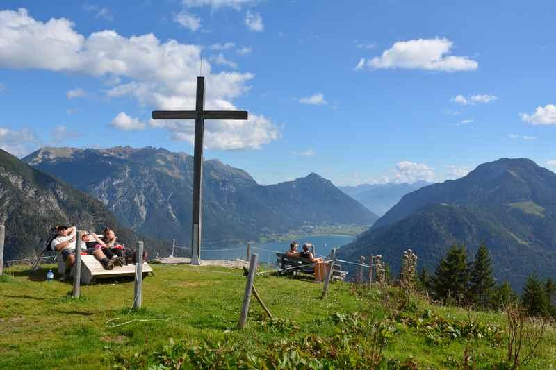 Am Achensee mountainbiken zur Feilalm im Karwendel