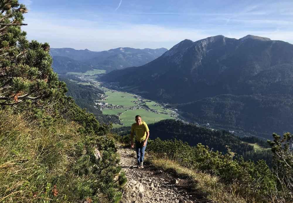 Beim steilen Aufstieg auf die Seekarspitze am Achensee