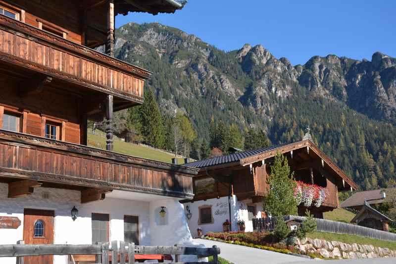 Die Holzhäuser verleihen dem Ort Alpbach und dem gesamten Alpbachtal ein besonderes Flair