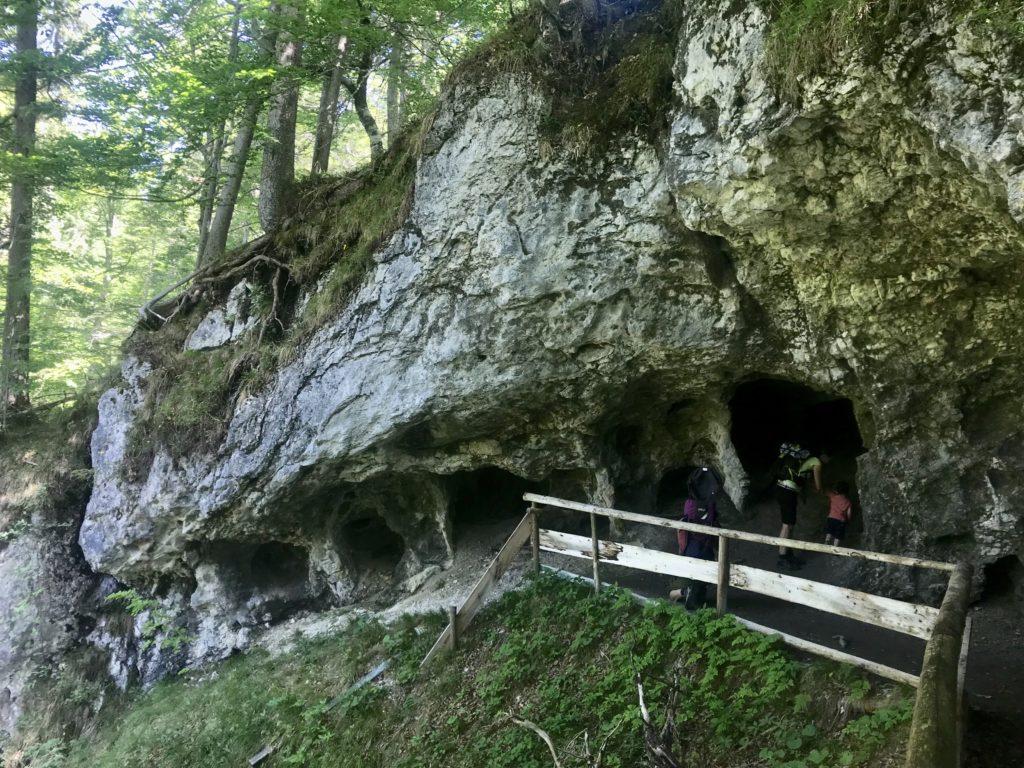 Bärenhöhle Wallgau - Ziel einer kleinen Wanderung im Estergebirge