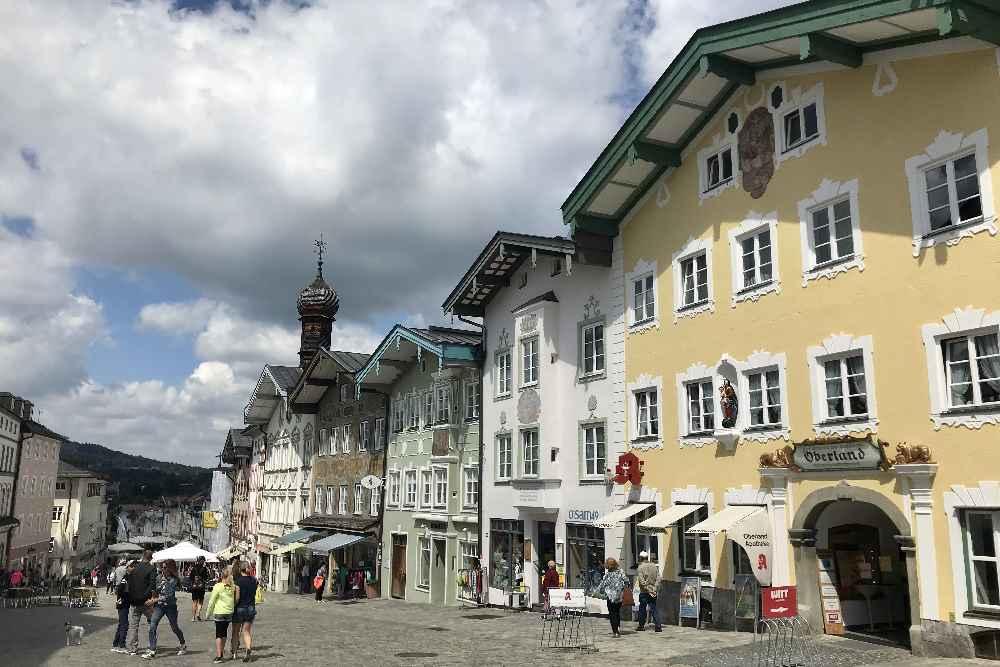 Schönes Ziel mit dem E-Bike ab Hinterriss: Bad Tölz