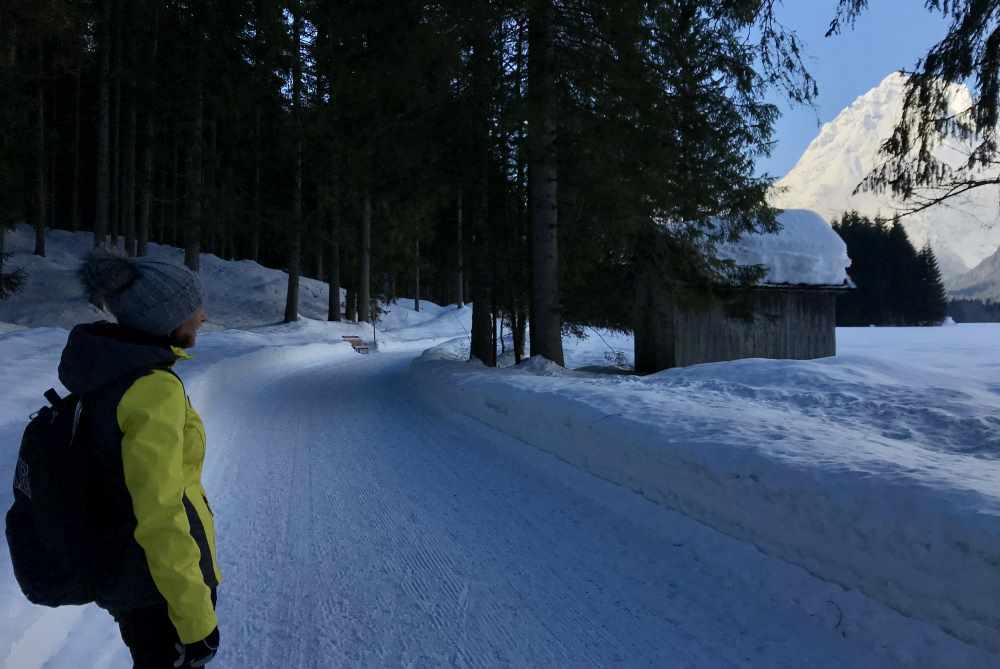Winterweitwandern Seefeld: Unser Start der Schneewanderung - die Leutasch ist ein Schneeloch!