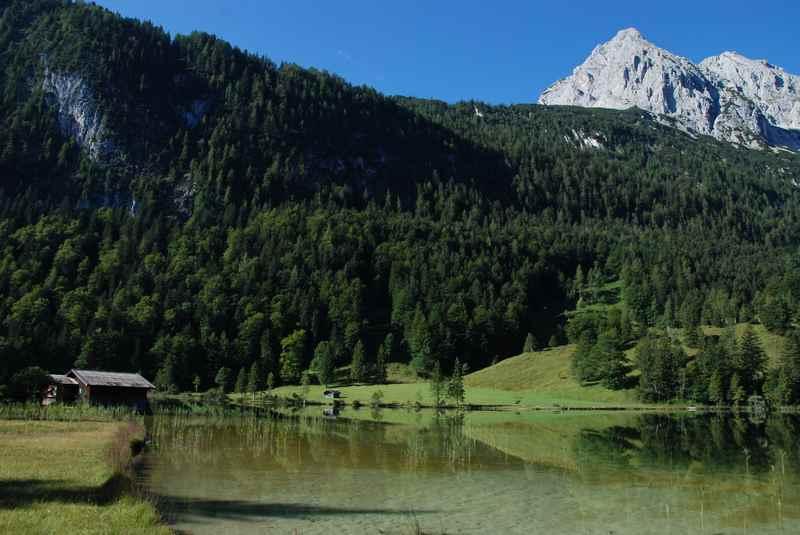 E-Biken in Mittenwald zum Ferchensee im Wettersteingebirge