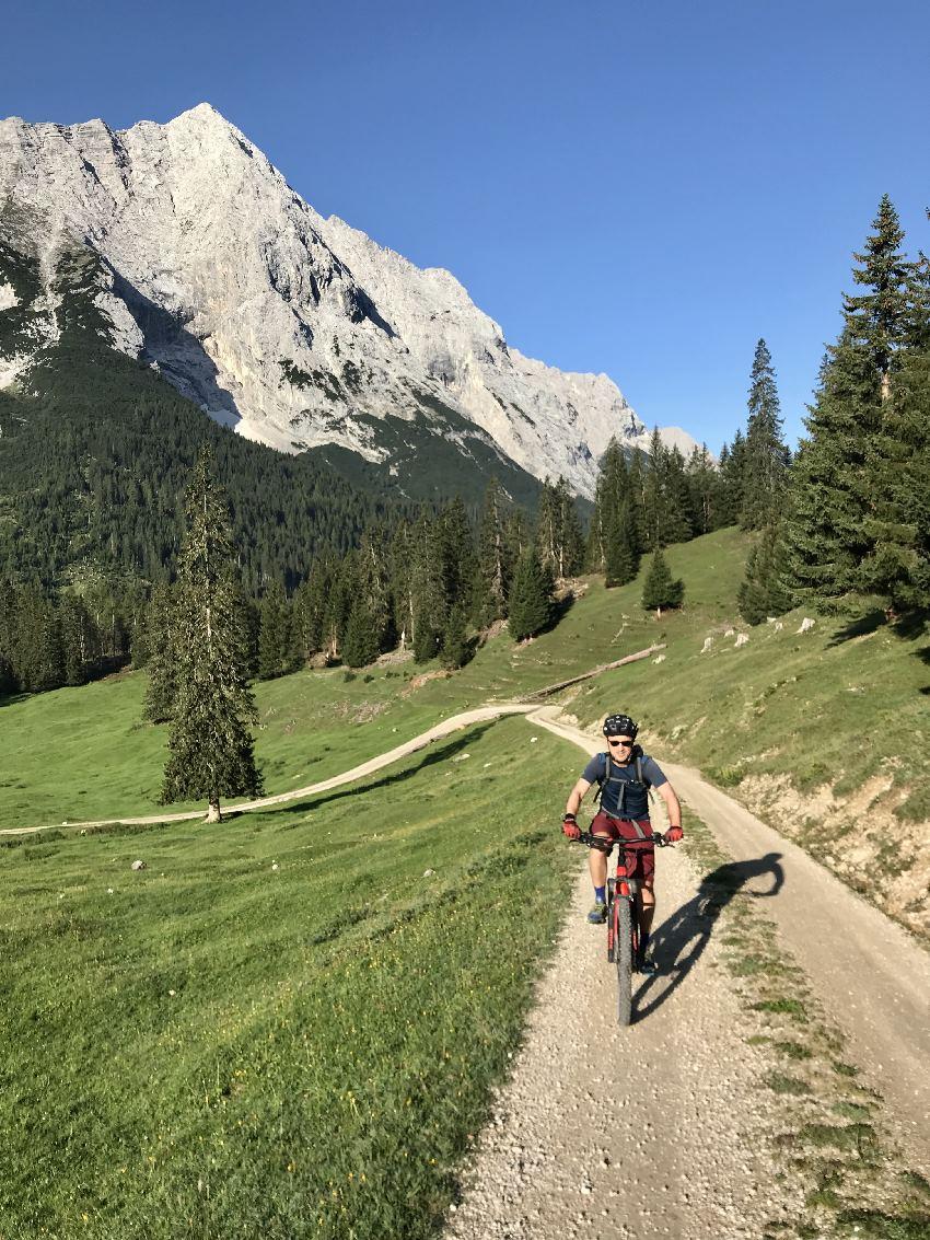 Mountainbiken wie die Gifpelstürmer im Berginternat - im Karwendel am Gipfelstürmer Drehort