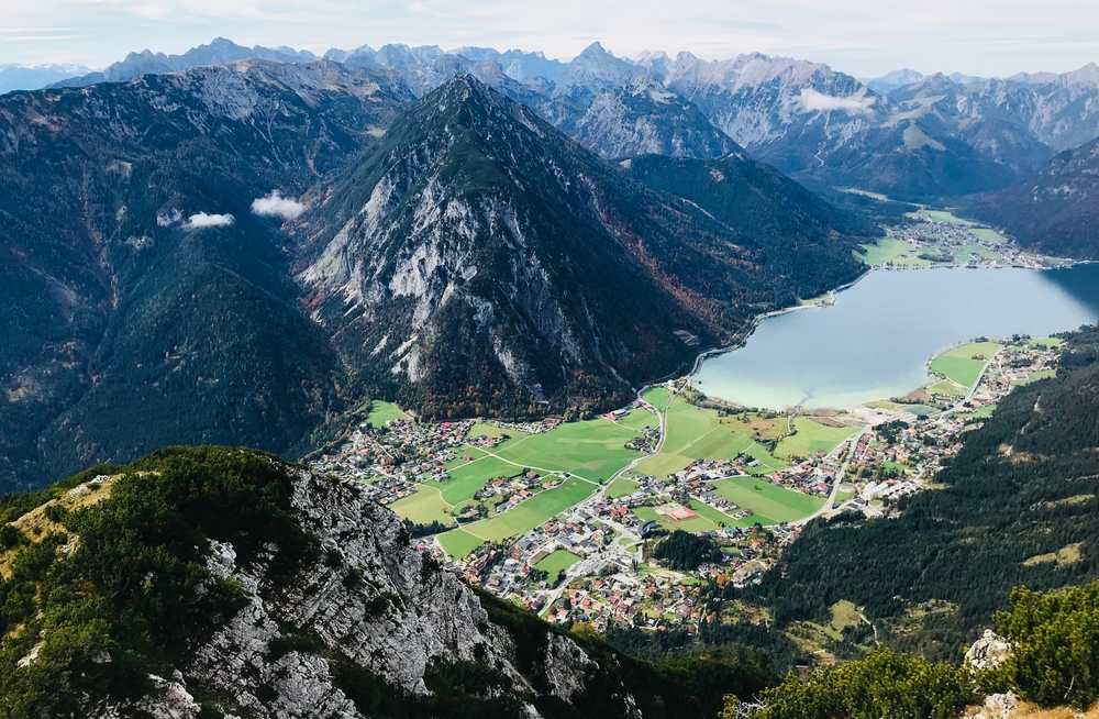 Die Karwendel Berge  - gesehen vom Ebner Joch am Achensee
