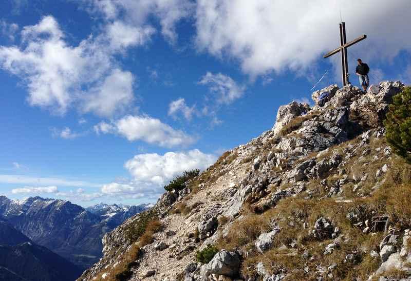 Auf den Gipfel des Ebner Joch im Rofan wandern