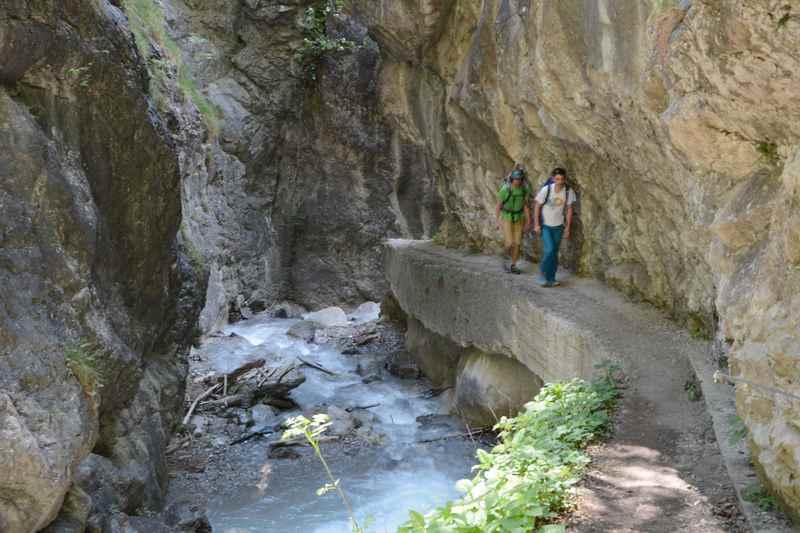 Durch die Ehnbachklamm wandern im Karwendel, Zirl