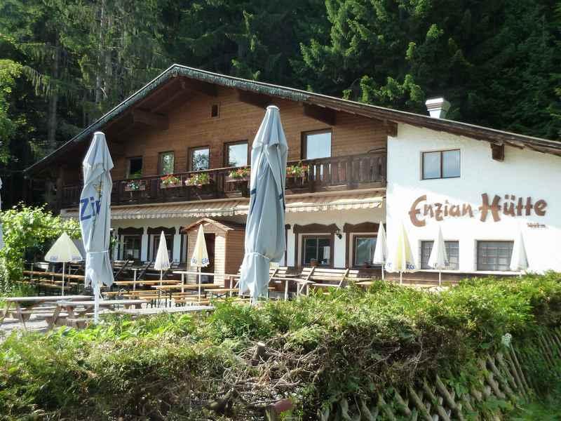 Die Enzianhütte in Innsbruck, auf dem Weg ins Karwendel gelegen