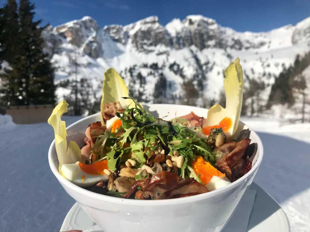 Schmeckt sehr gut, der Montana-Salat auf der Erfurter Hütte