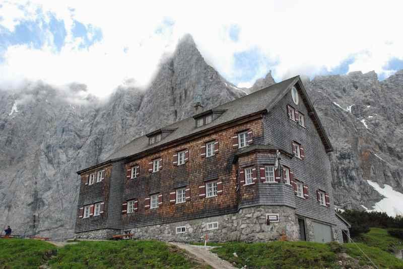 Die Falkenhütte Wanderung - vom kleinen Ahornboden auf die beliebte Hütte