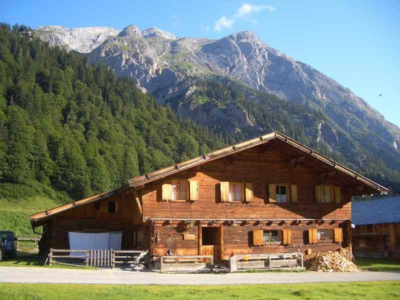 Familienurlaub mit Kindern auf der Engalm im Karwendel