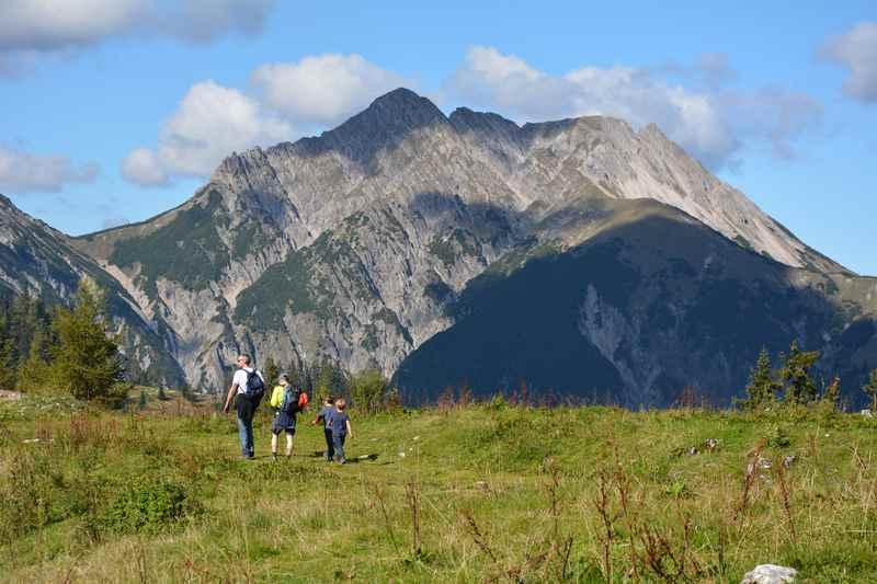Die leichte Feilkopf Wanderung im Karwendel, Blick auf die Mondscheinspitze