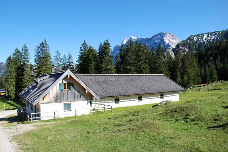 Die Fereinalm oder Vereiner Alm im Karwendel, Mittenwald Hütte in Bayern