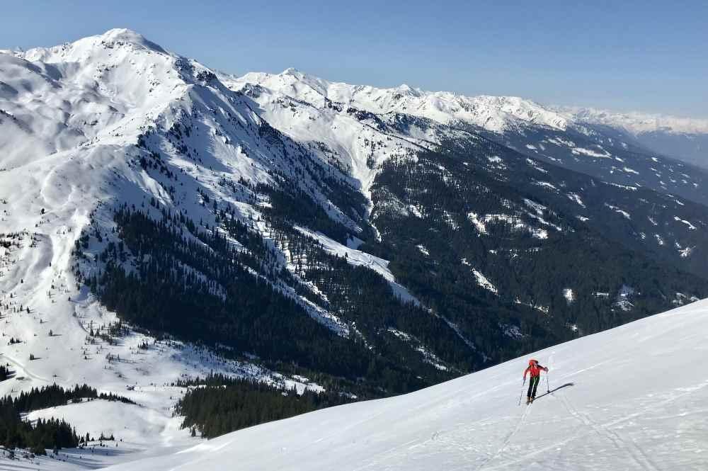 Skitour Kuhmesser: Unterhalb vom Gipfel kommt eine steile Passage, dann ist das Ziel erreicht