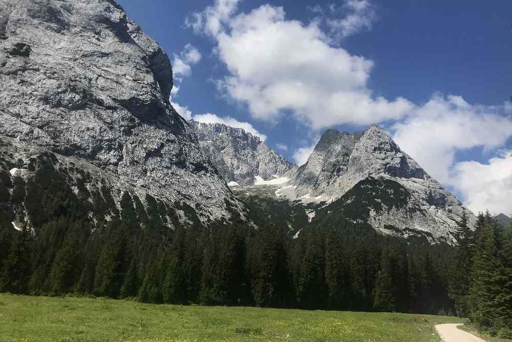 Schroff und hoch sind die Berge im hinteren Gaistal