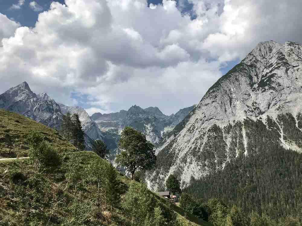 So schön liegt die Ganalm im Karwendel