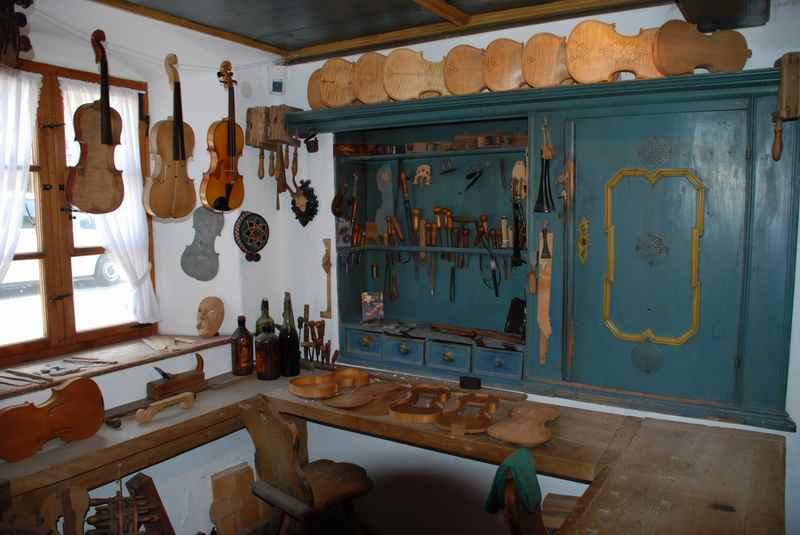 Das hat Tradition im Karwendel: Der Geigenbau in Mittenwald, Bayern