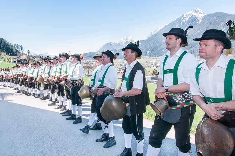 Das traditionelle Grasausläuten im Karwendel