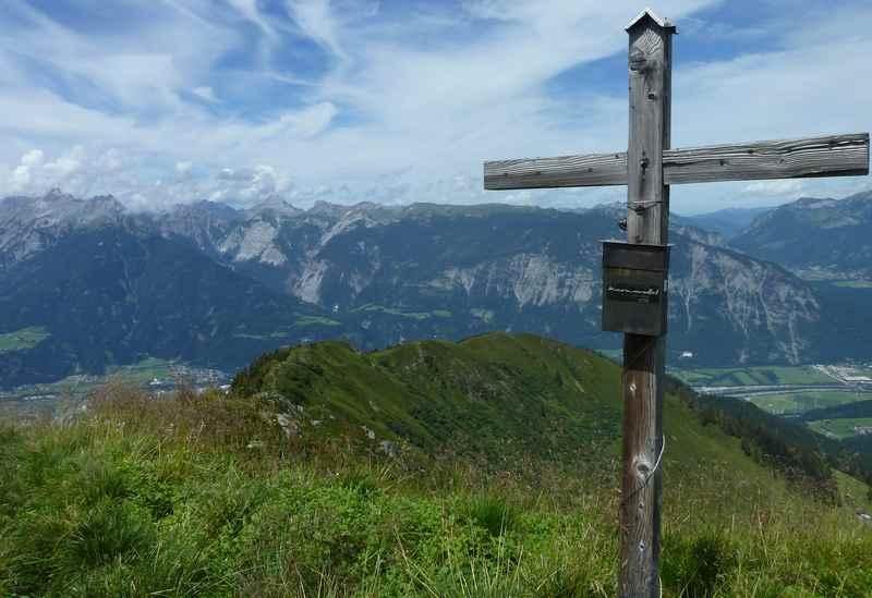 Auf den Gratzenkopf Bike and Hike in den Tuxer Alpen