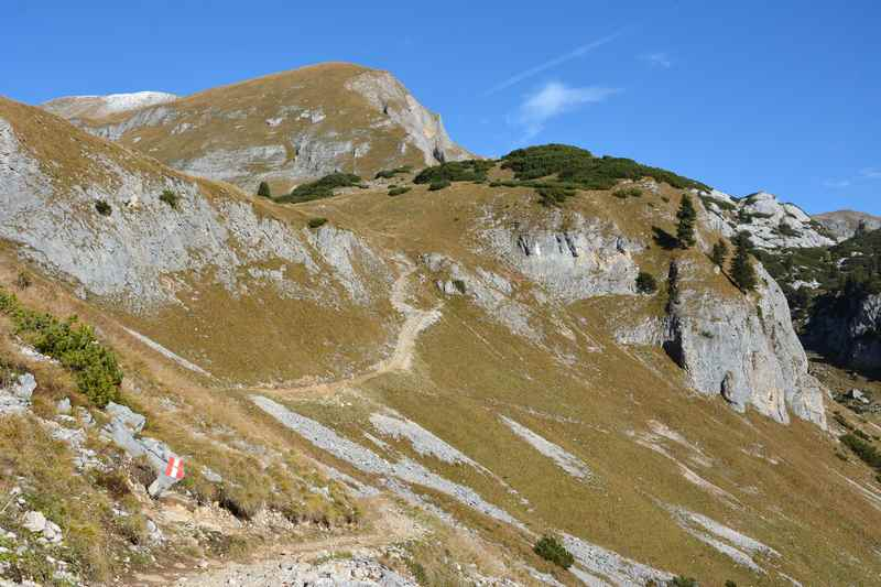 Die Gschöllkopf Wanderung im Rofan, auf dem Weg zur Aussichtsplattform Adlerhorst
