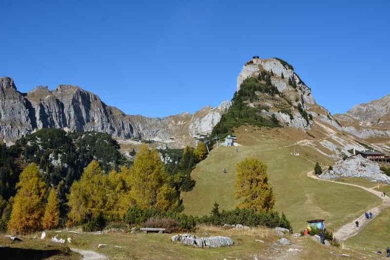 Mit der Rofanseilbahn auf den Berg und zum Gschöllkopf wandern im Rofan