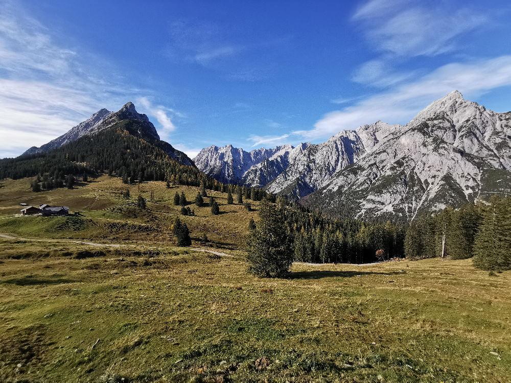 Die Region Hall Wattens mit der schönen Walderalm im Karwendel