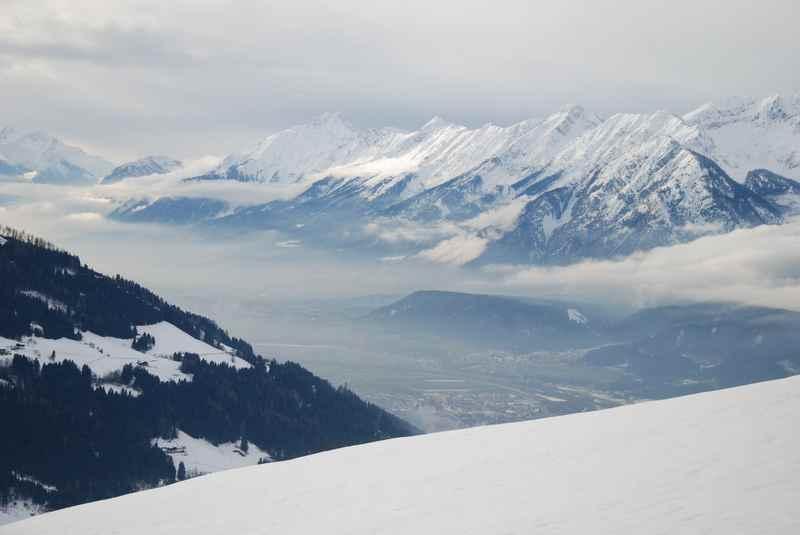 Das ist der Ausblick auf das Karwendel von der Hausstatt in Weerberg