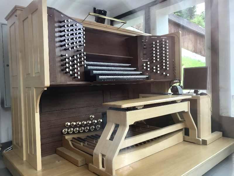 Heldenorgel Kufstein - 4948 Orgelpfeiffen klingen über der Altstadt Kufstein