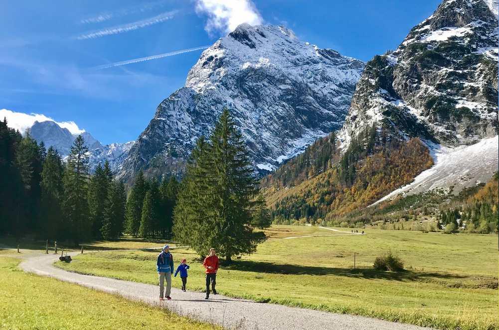 Auch das geht gut im Karwendel: Herbst wandern mit Kindern