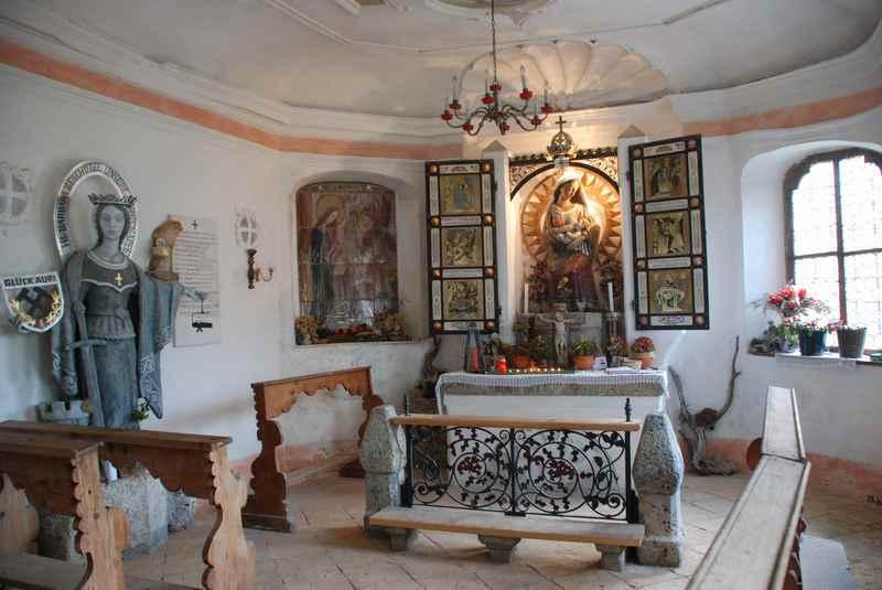 Für die Bergknappen gab es sogar eine eigene Kapelle in den Herrenhäusern im Halltal