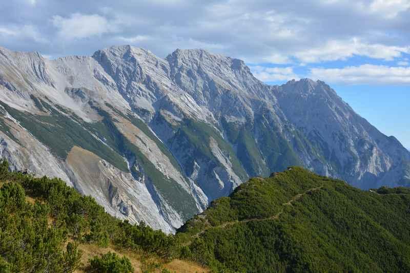 Von Innsbruck wandern im Karwendel auf die Nordkette