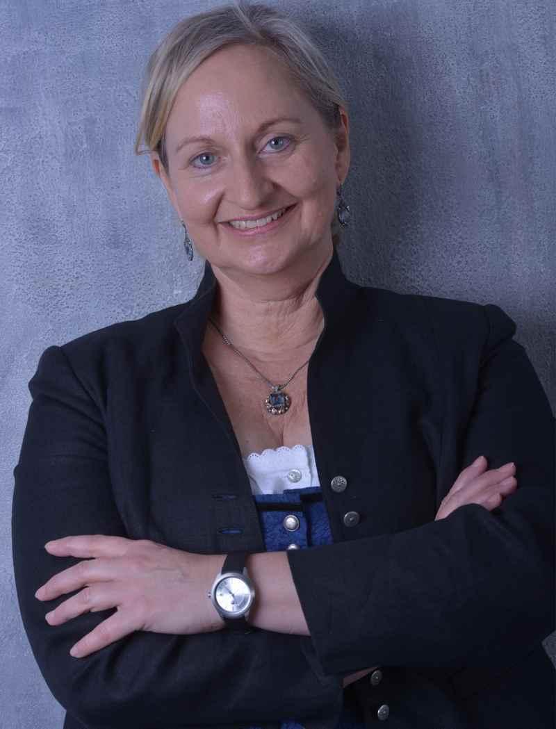 Sonja Still, sie hat den Reiseführer über den Tegernsee geschrieben, Bild: Sonja Still