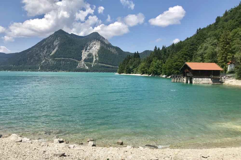 An der Grenze des Isarwinkel - der türkisgrüne Walchensee
