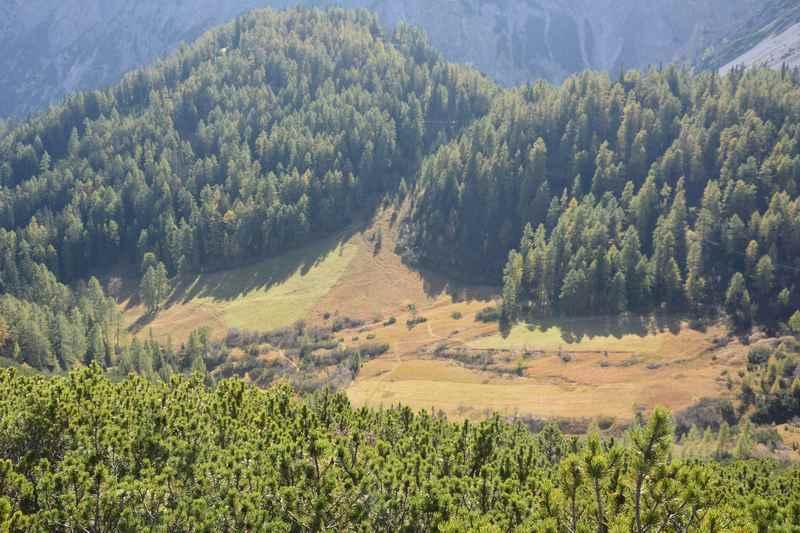 Das Isstal mit dem Issanger von oben aus dem Karwendel gesehen
