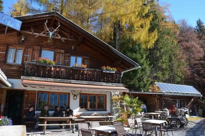 Die Jausenstation Brunntal im Karwendel, eine Hütte in Zirl