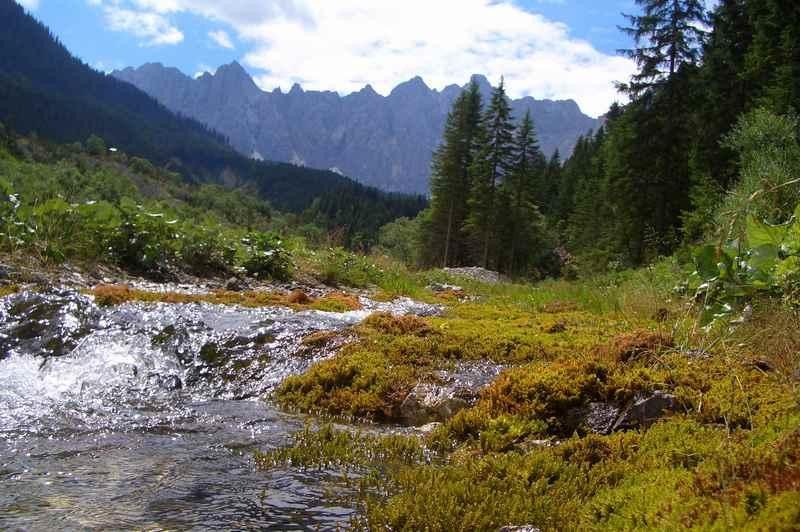 Durch das Johannestal mountainbiken zum Kleinen Ahornboden im Naturpark Karwendel