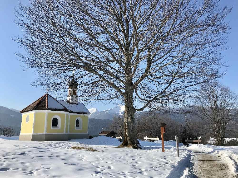 Winterwandern Mittenwald - Krün - bei der Marienkapelle