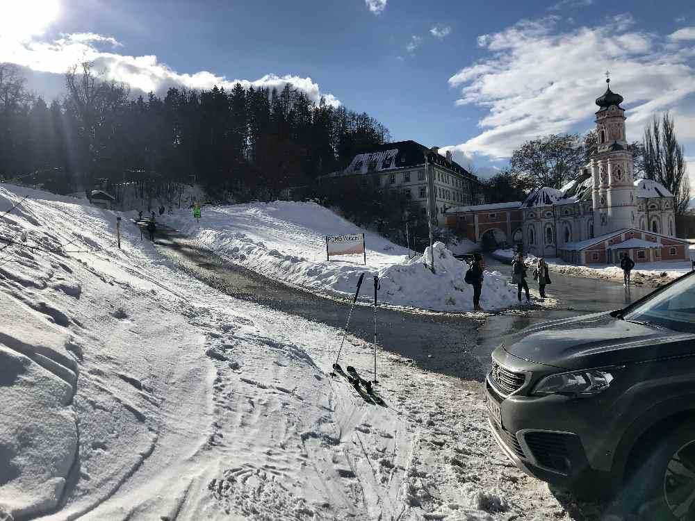 Selten habe ich so einen eindrucksvollen Startpunkt auf meiner Skitour!