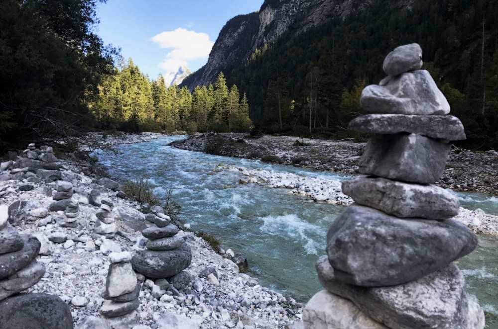 Die Naturlandschaft ist im Karwendel besonders schön zu erfahren