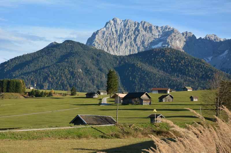 In Klais wandern, bei Mittenwald im Karwendel