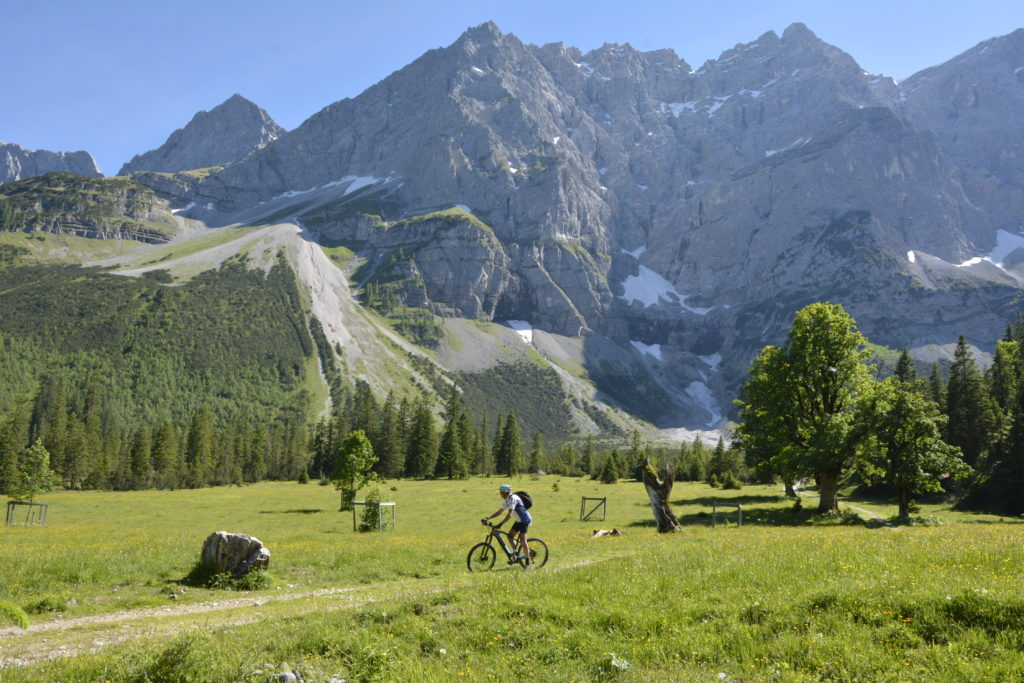 Kleiner Ahornboden - große Kulisse im Karwendel