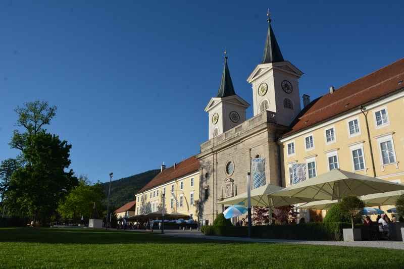 Hier im Kloster Tegernsee ist der Ursprung des Tegernseer Bieres