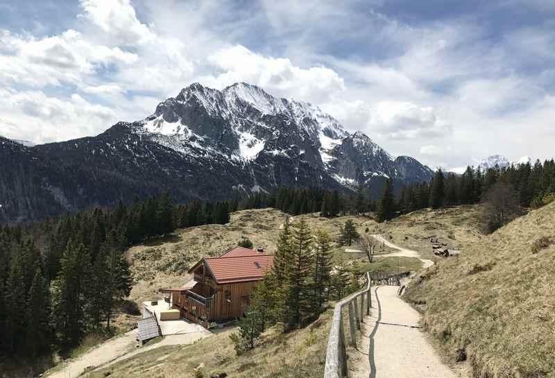 Am Kranzberg zur Korbinianhütte wandern