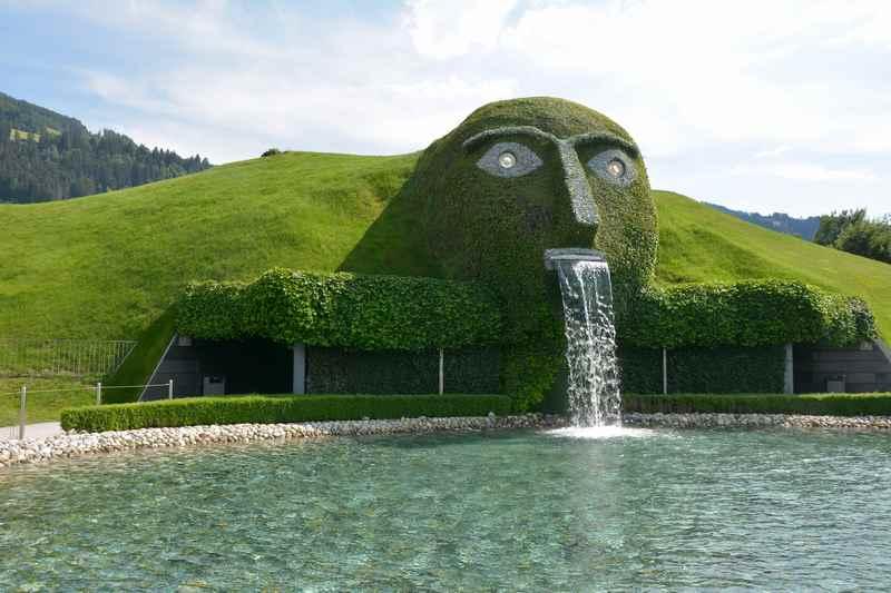 Die Kristallwelten in Wattens gehören zu den meistbesuchten Sehenswürdigkeiten in Tirol und sogar Österreich