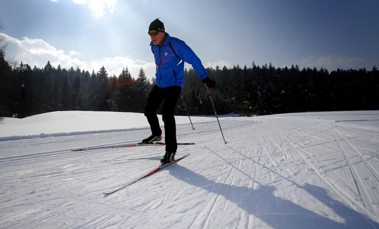Die Skatingloipe oberhalb von Hall in Tirol: Langlaufen in Gnadenwald beim Karwendel