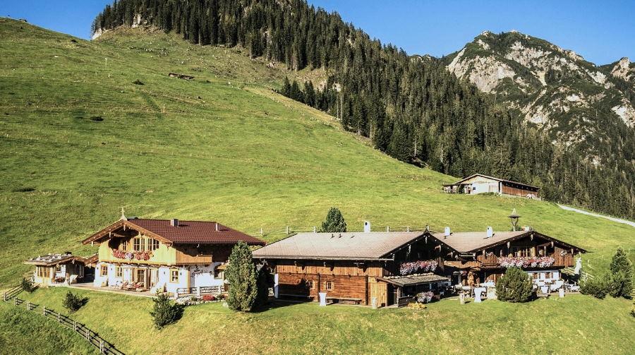 Mehr als eine Partyhütte mieten: Ein Luxus Chalet ganz für dich alleine - exklusive Hütte zum Feiern und übernachten in Alleinlage!